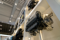 BMWエンジン展示:バイエルンの意地【コレばゼッタイ】