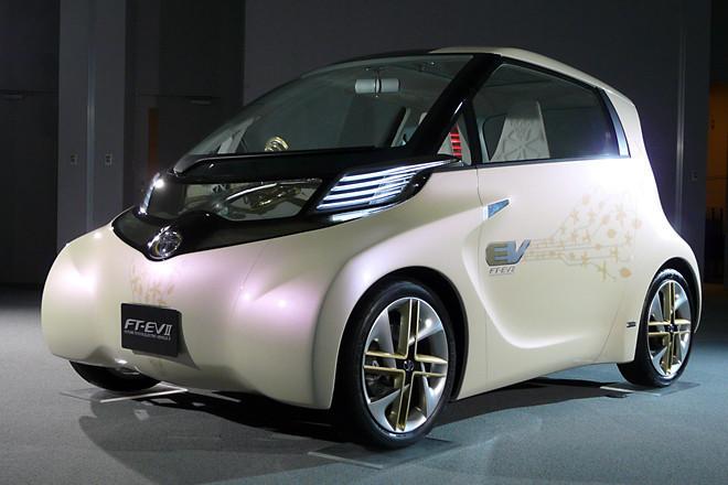 iQより小さな都市型EV、「トヨタFT-EVII」